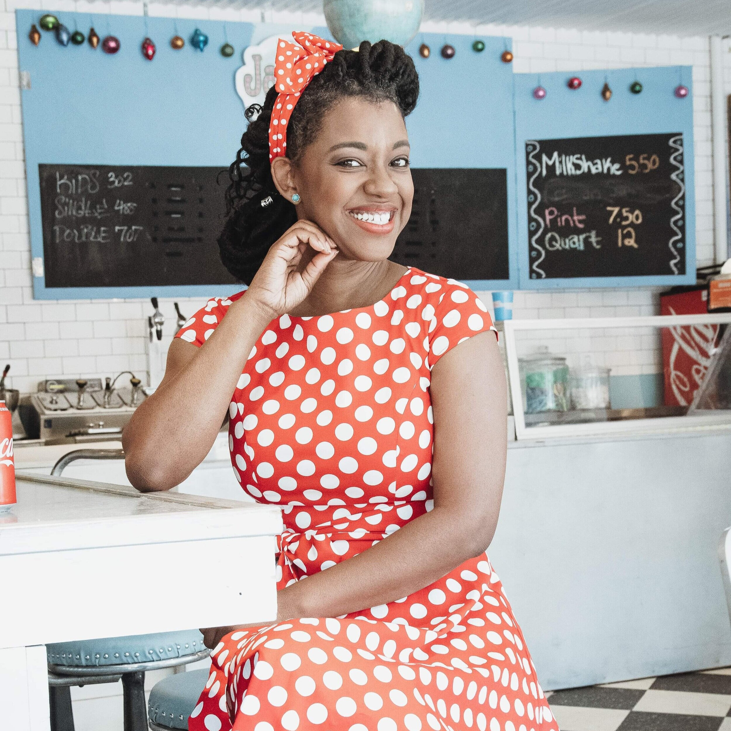 """Naima Carter Russell - Playful Branding Photographer, Actress, and Creator of """"It's the Drama Mama"""""""