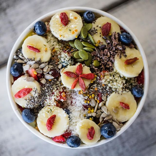 It is WARM out there! Come cool off with an Acai bowl or take one to the beach! • • • • • #clean #lifestylegoals #r3freshjuicebar #beachvibes #sandiego #feelgoodfood #eat #photooftheday #instafood #convoystreet #socalliving #acai #amazonplanetacai #acailiving #acaibowls #sandiegoacaibowls #bestacaibowlinsandiego #acailife #sandiegoheatwave #sandiegoheat #sandiegofoodie #yelpelite #eatlocal #sandiegobeachvibes #braziliansuperfood #photooftheday #acaiaddict #foodiegram #eatacai #coconutsorbet