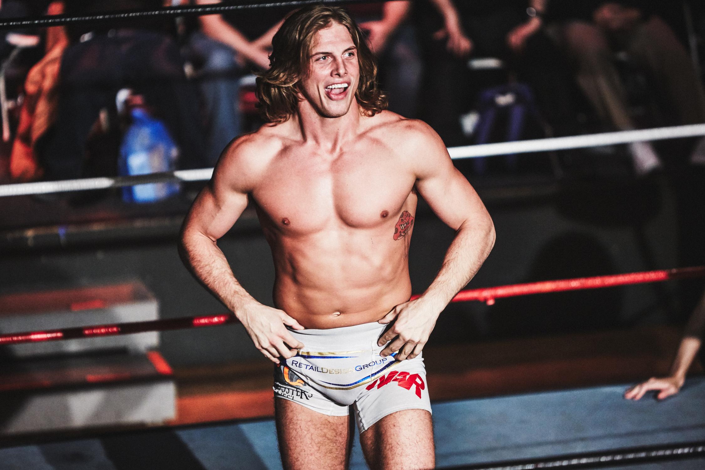 wrestling_16.jpg