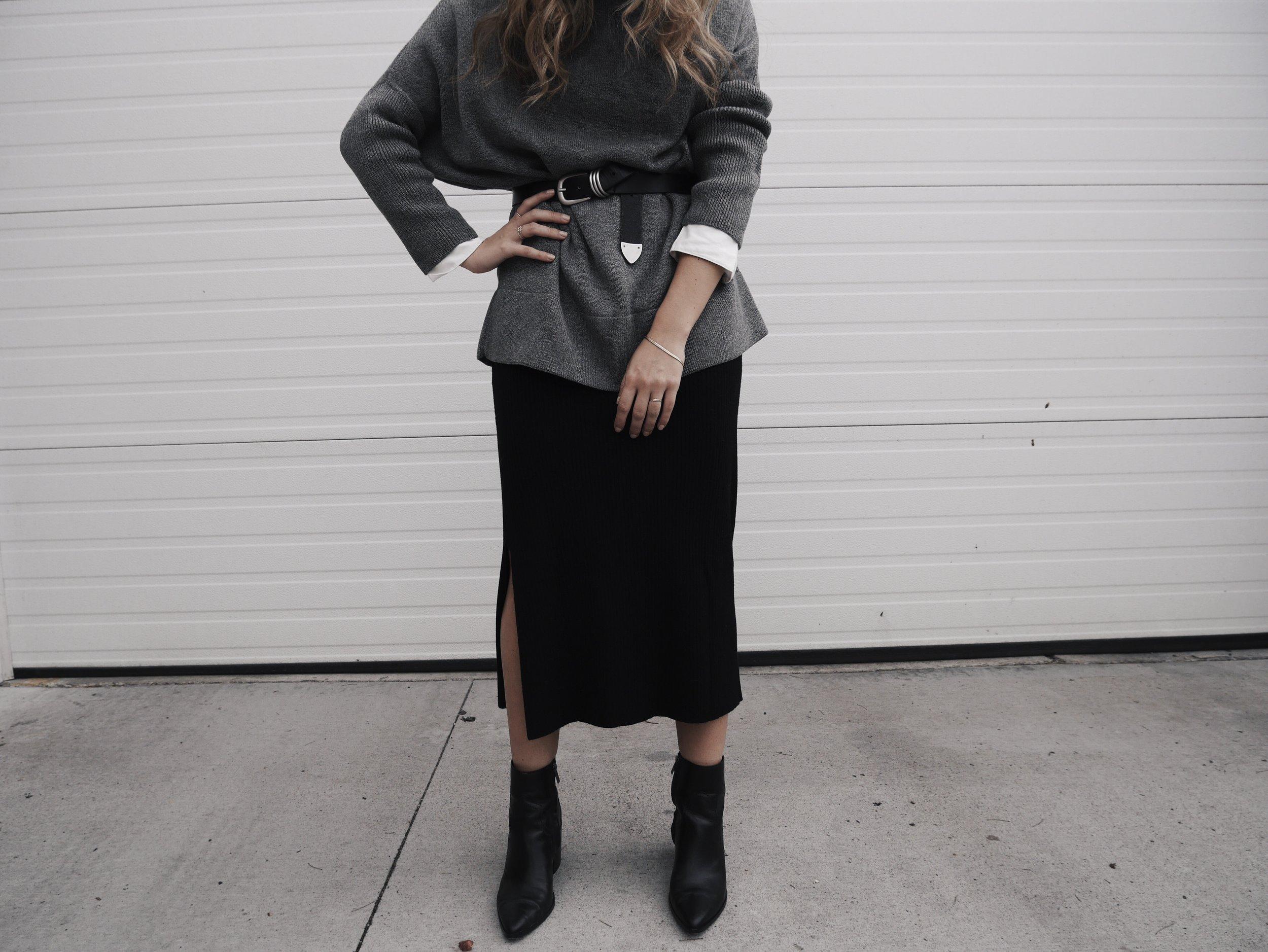 Jessica-Lambi-Vetta-Capsule-Minimalist-Collection.jpg