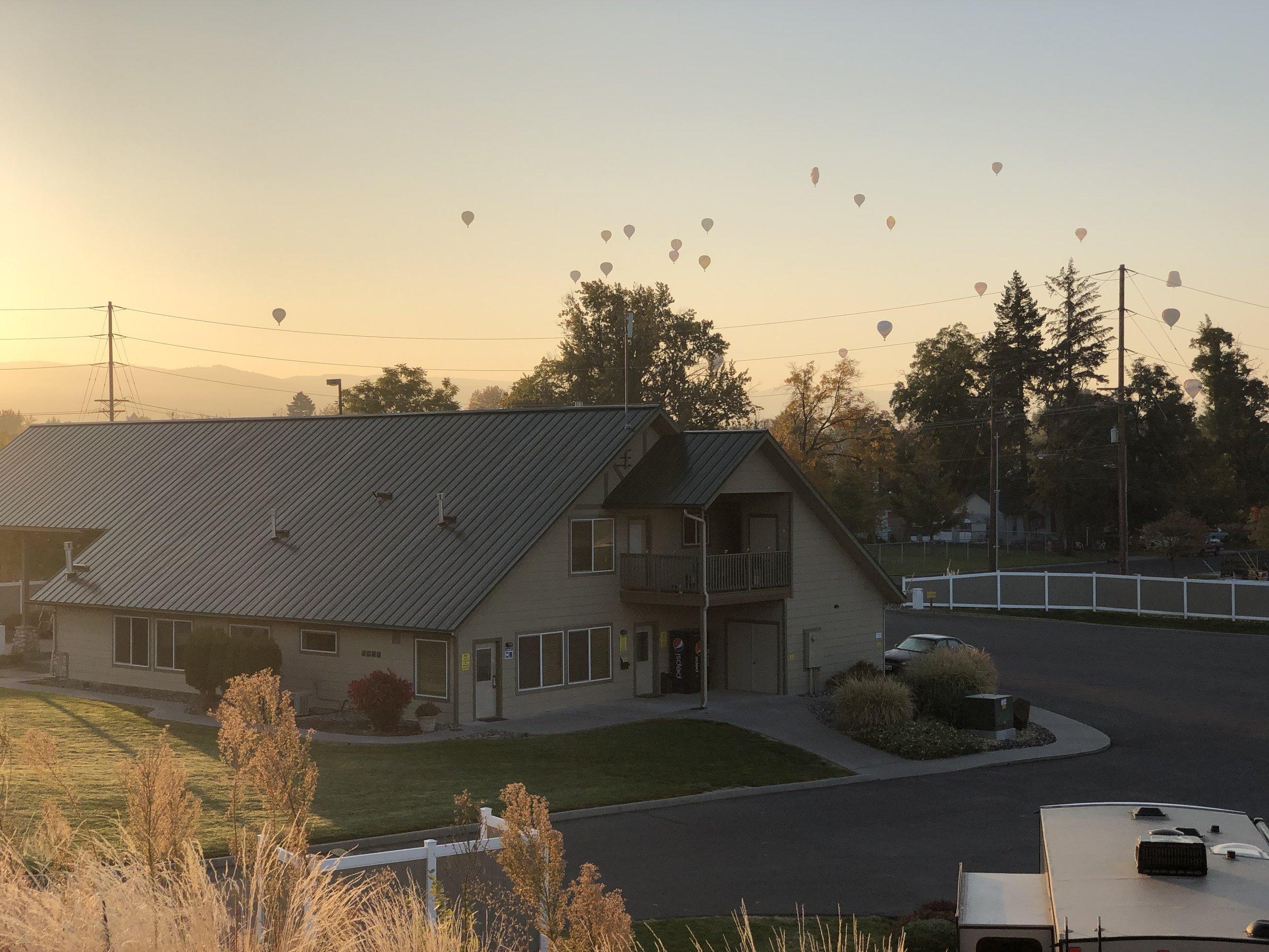 2018 Baloons (16).JPG