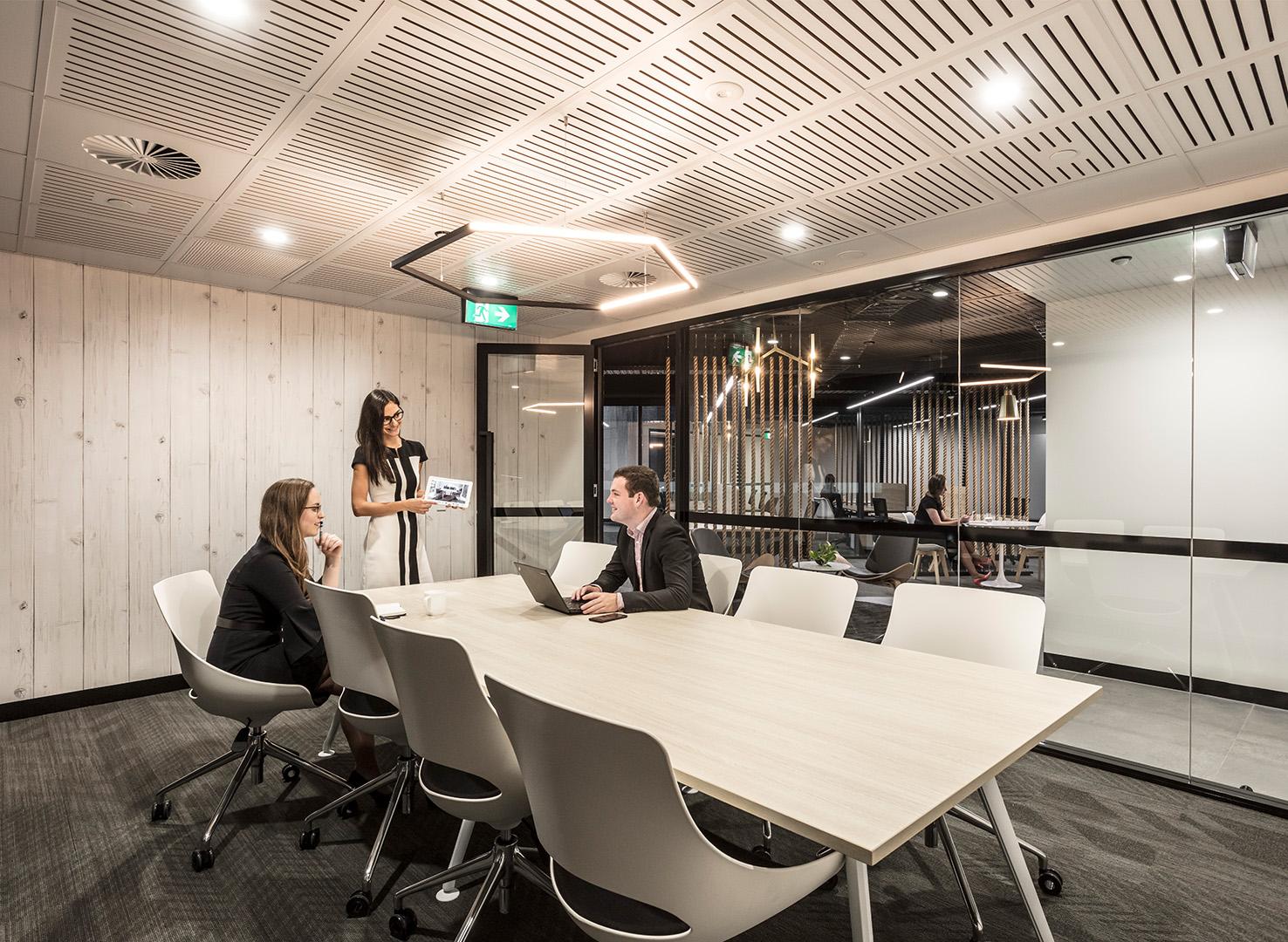 Archway - Quadra - T1 - Boardroom.jpg