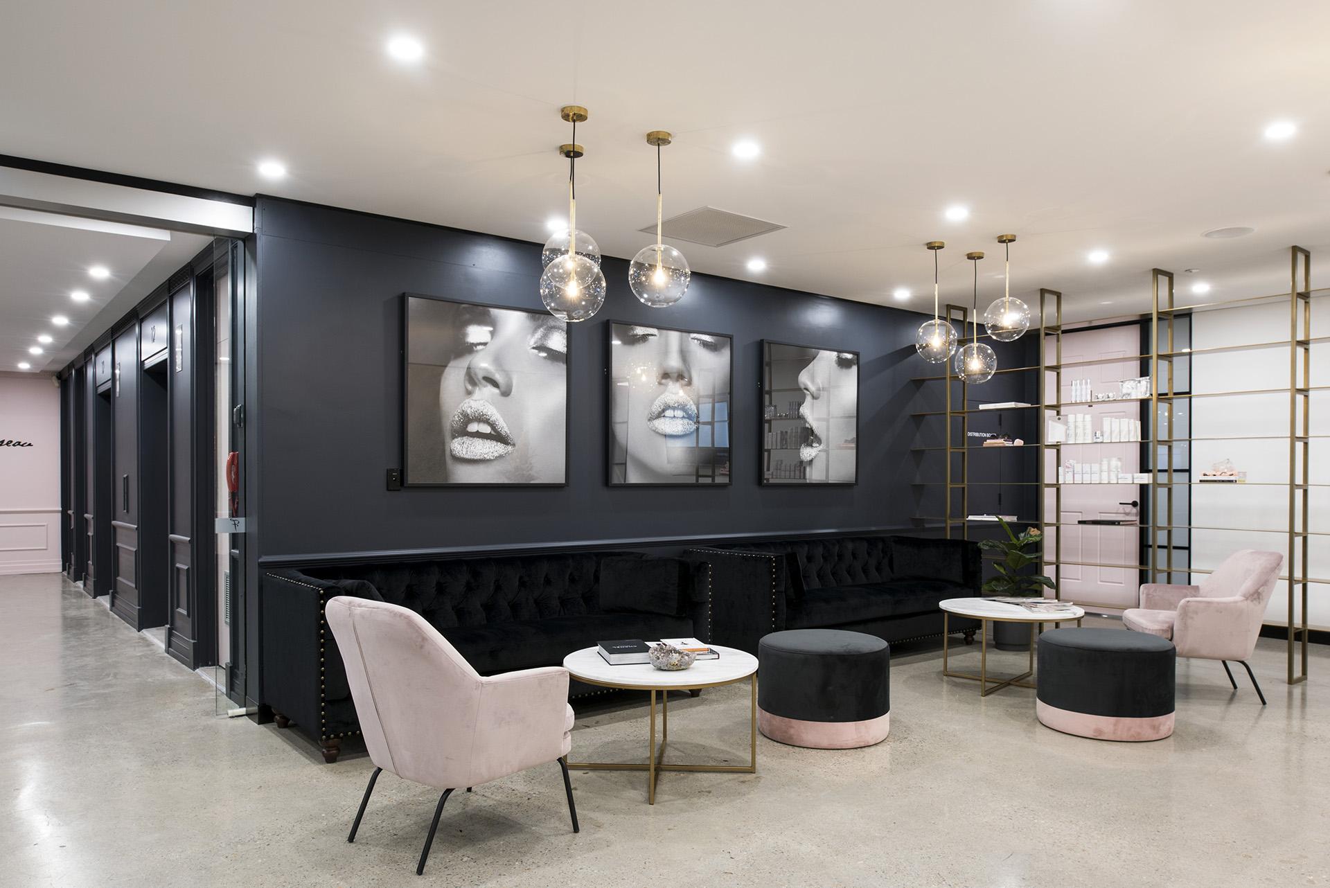 Archway-French Office Design Brisbane- Reception Area 1.jpg