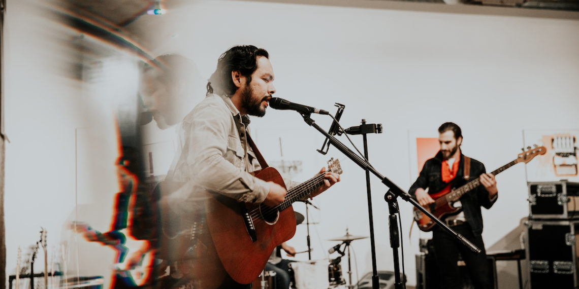 Jose-Hernandez-OKC-Singer-Songwriter-1140x570.jpg
