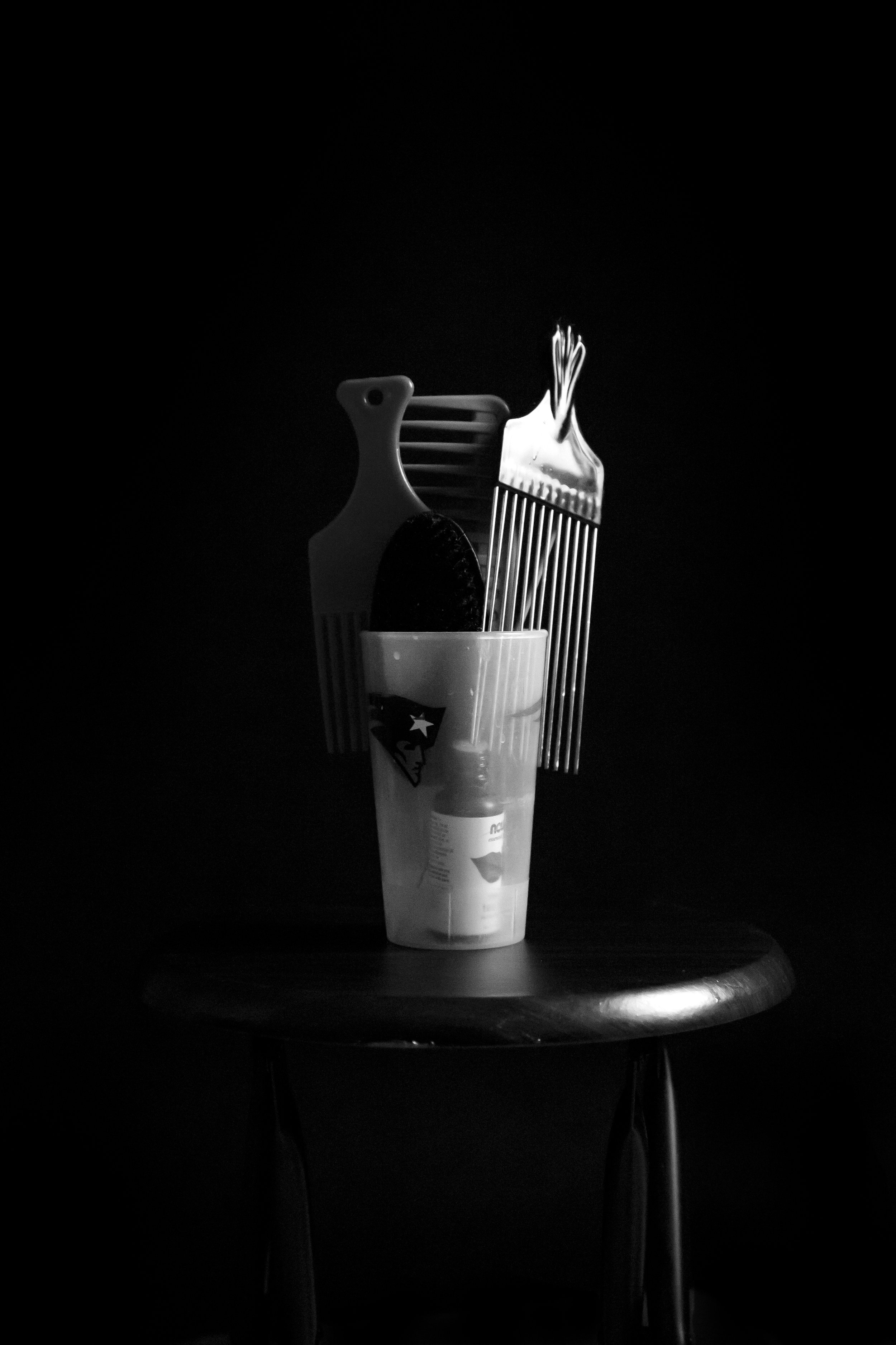 BHM_0006_Combs In Cup.jpg