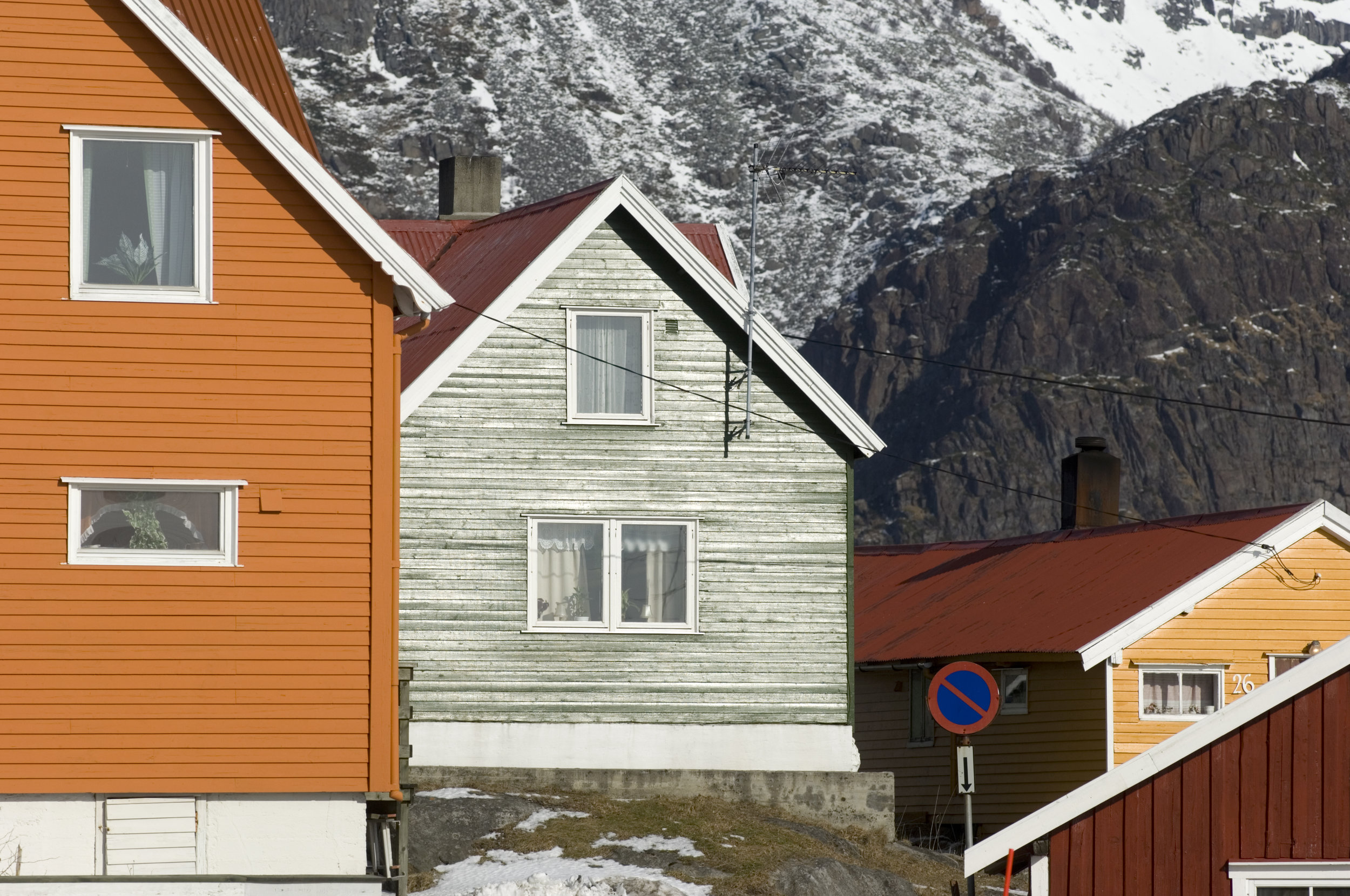 Evy Jansen (60 years old), Stamsund - Evy is an incomer to Lofoten and has been driving buses in this island paradise since 2000. Over the years, she has acquired knowledge that would be the envy of any tour guide, and she is happy to share her top tips on how to spend time in Lofoten.