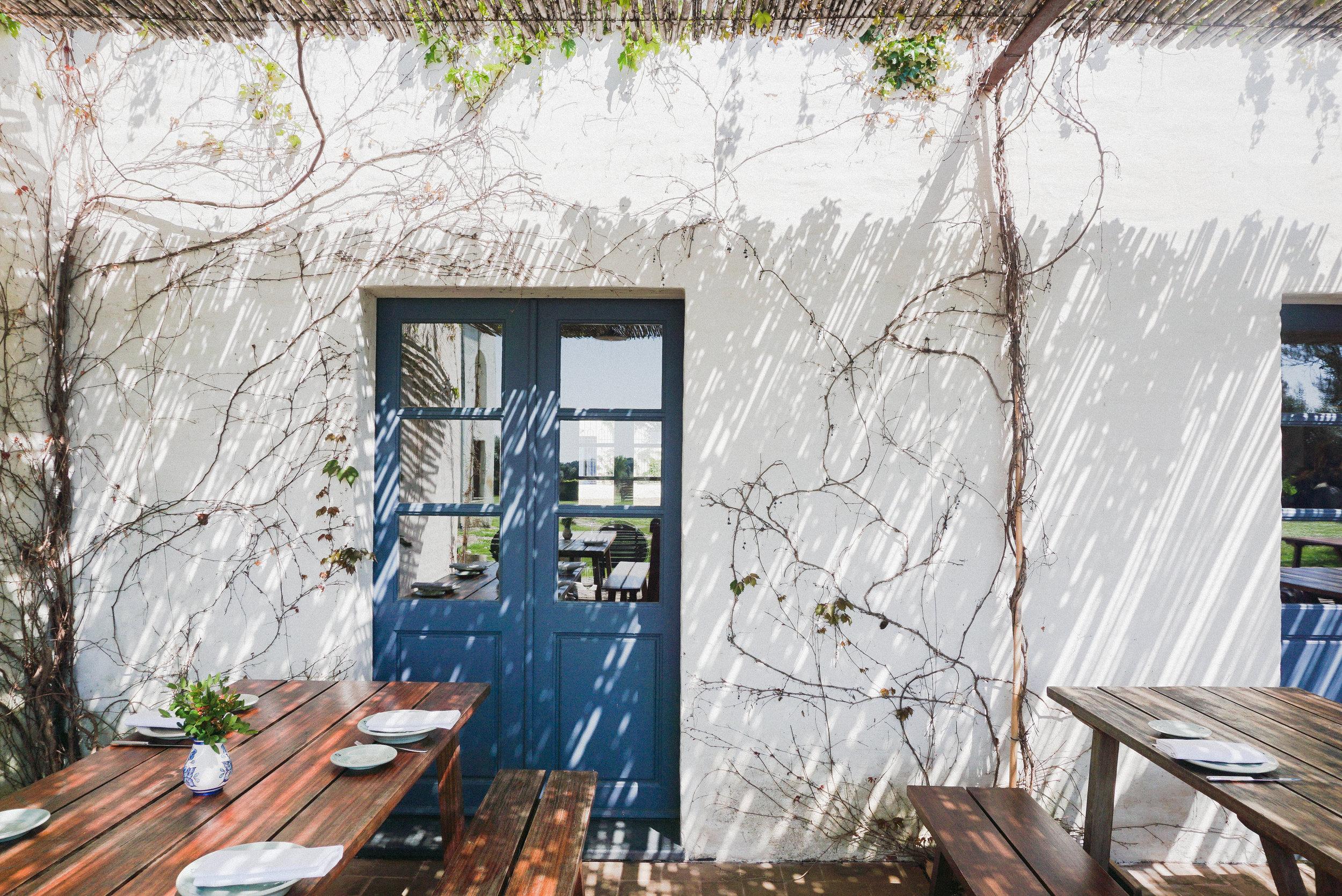 farmhouse in portugal-abbie-moulton.jpg