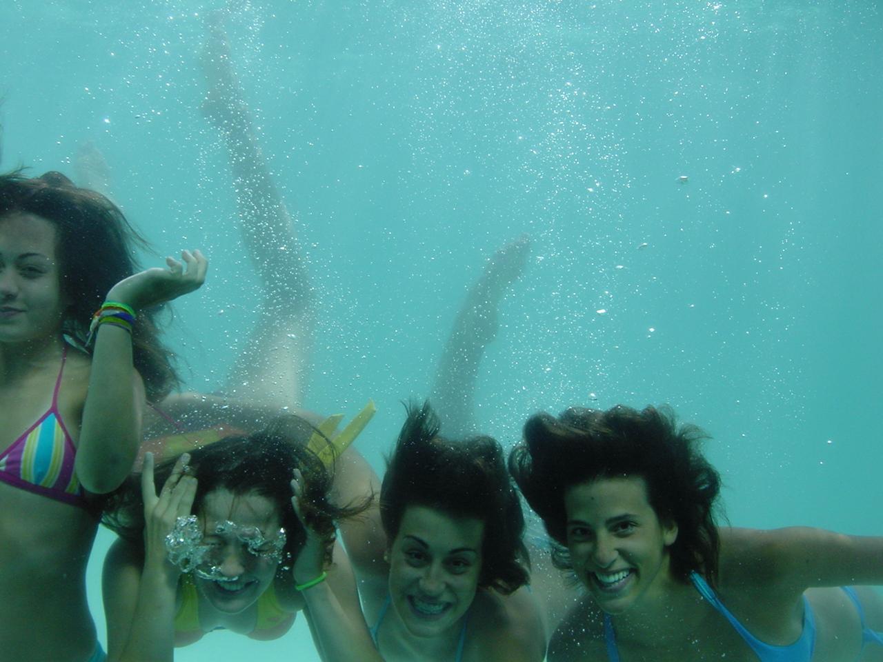 ...I was part of a swimming team - Évora (Portugal), 1991-2003