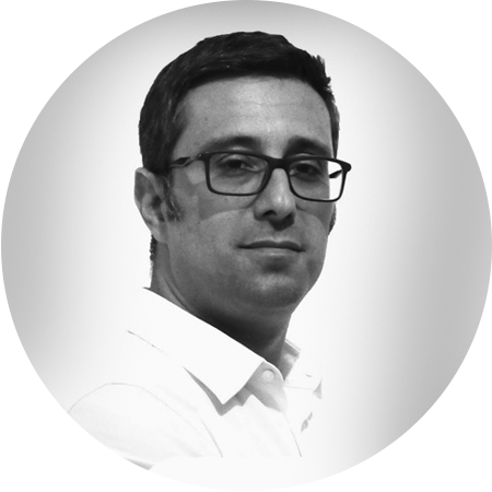 Carlos Canhita - Design Manager at FRC Global Communication (Macau, China)Carolina is a professional who is constantly seeking her concerning issues such as optimisation, functionality, user friendliness and how general graphic design should be approached.