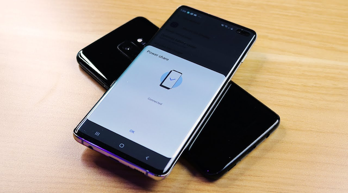 The GS10 Features Power Sharing -a feature rumored to be included on the next iPhones