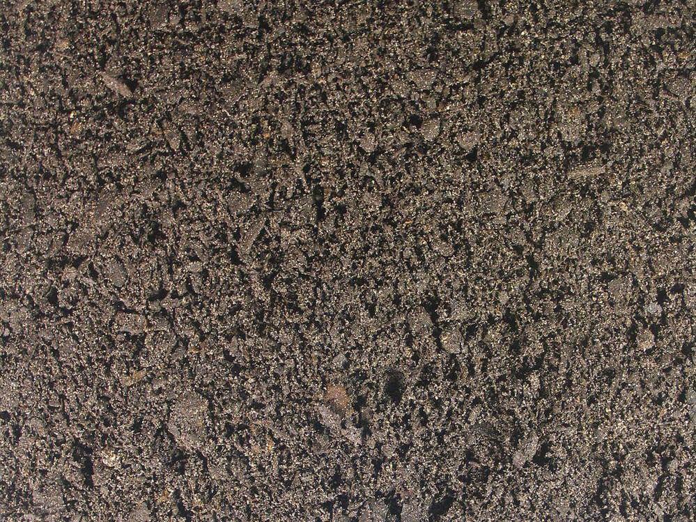 Grade 1 Screened Topsoil - Top Quality Fertile Soil