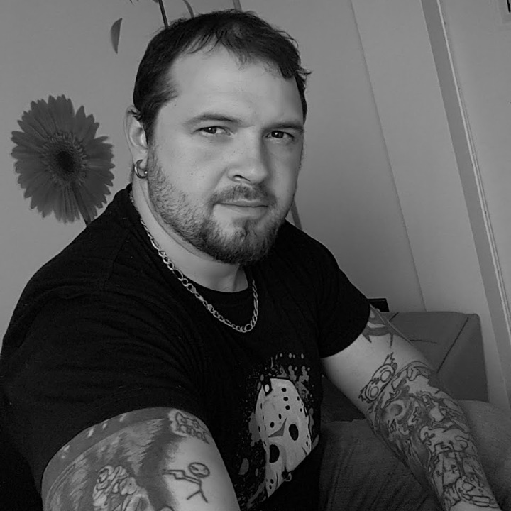 Dale Silva - Artist & Horror Enthusiast