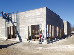 Fig. 3 — Kimco retail outlet under construction.  (Courtesy of Kimco Realty)