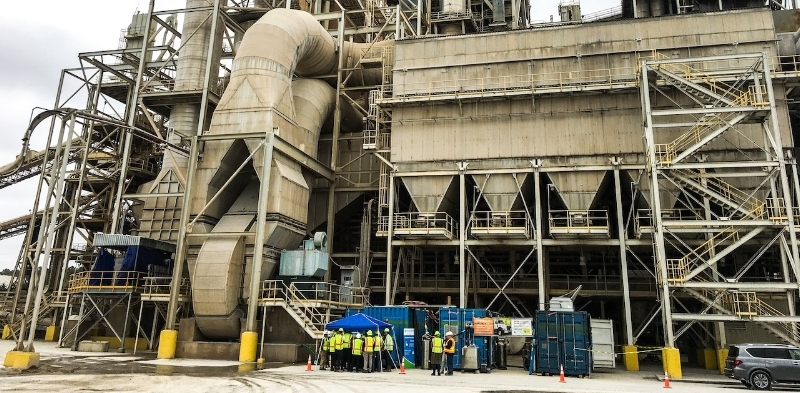 Waste CO2 is captured from Argos' cement plant using SES' CCC technology.