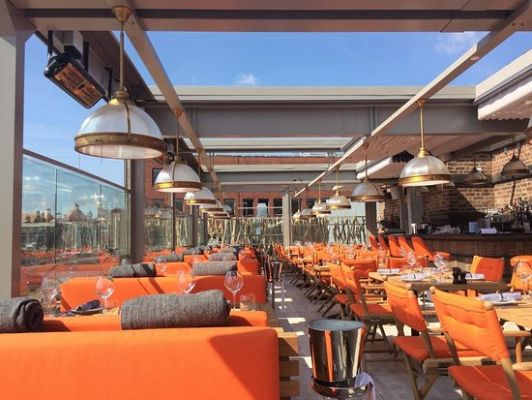 Operas GLAMOROUS rooftop terrace