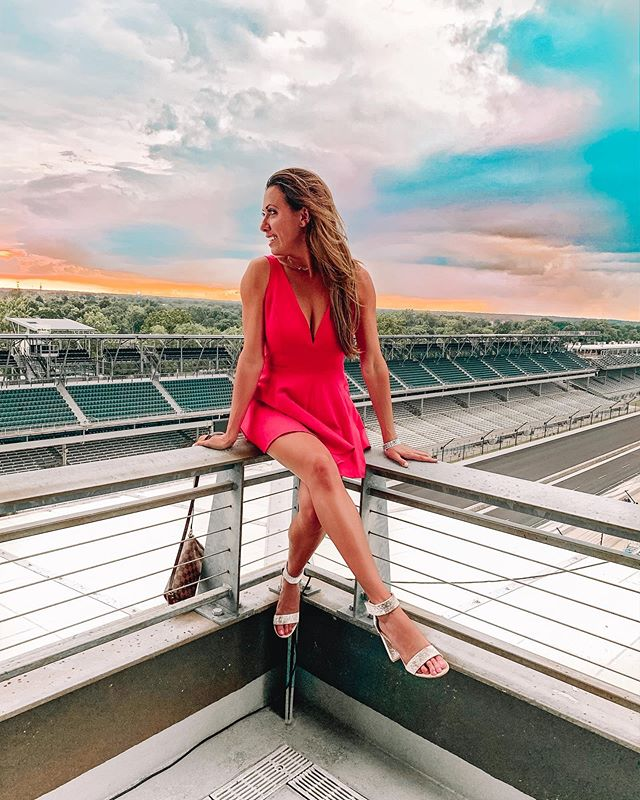 The view from the top of the track was so sick. Storms in the distance , cars racing below , cocktails and dancing with my fav gals 🏎🥂 . Thank you @lulus for the perfect outfit for this event. . #lulusambassador #lovelulus