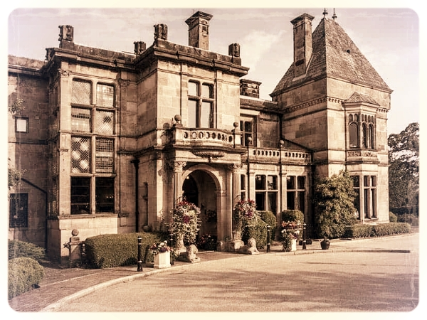 Rookery Hall Hotel & Spa - An excellent venue for a murder mystery night in Cheshire, this beautiful hotel & spa is conveniently located just 15 minutes away from the M6 within easy reach of Chester & Manchester. Ideal for our delightfully dangerous Murder and the Mob.