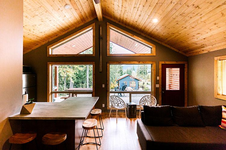 WHITE-LAKE-CABINS-2-bedroom-full-kitchen-71.jpg