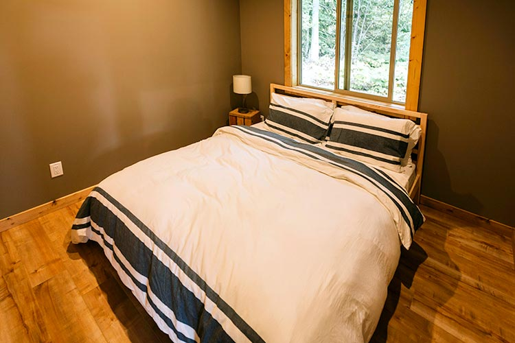 WHITE-LAKE-CABINS-2-bedroom-1-77.jpg