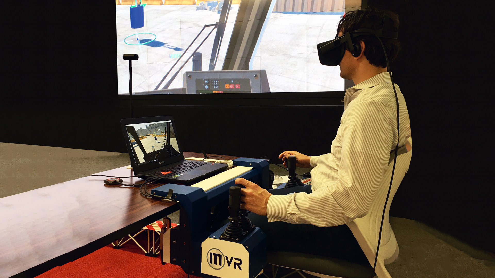 Bechtel's VR Crane Simulator trains employees in a safe & controlled environment