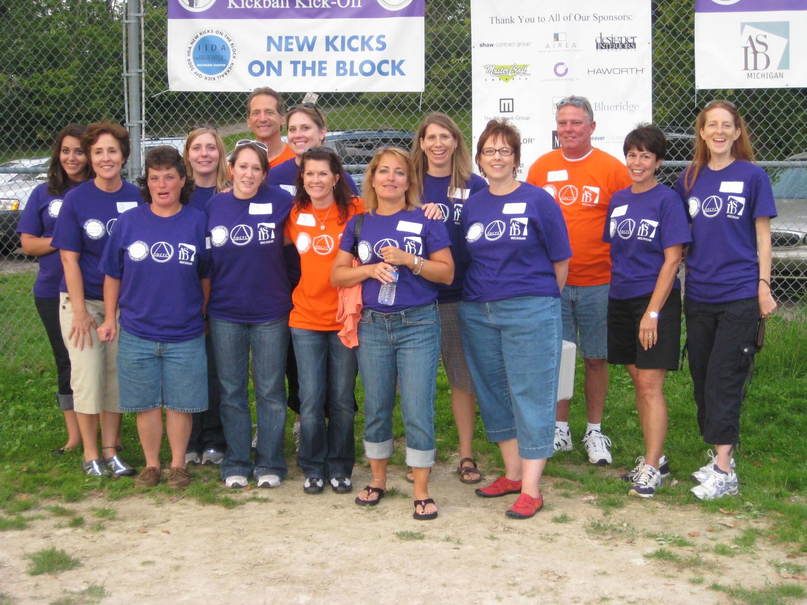 Photo volunteers by Tricia.jpg