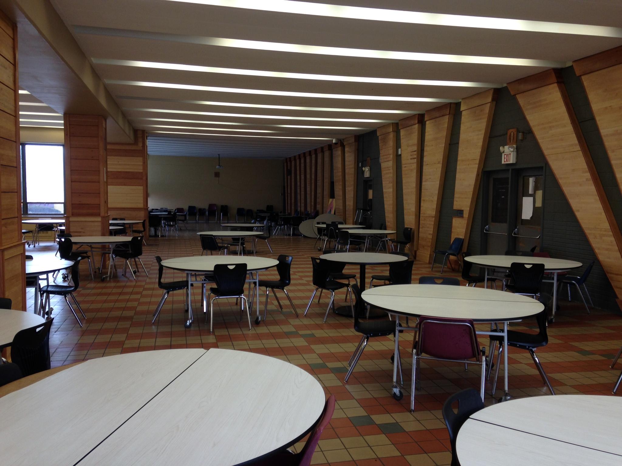 Cafeteria after 3.JPG
