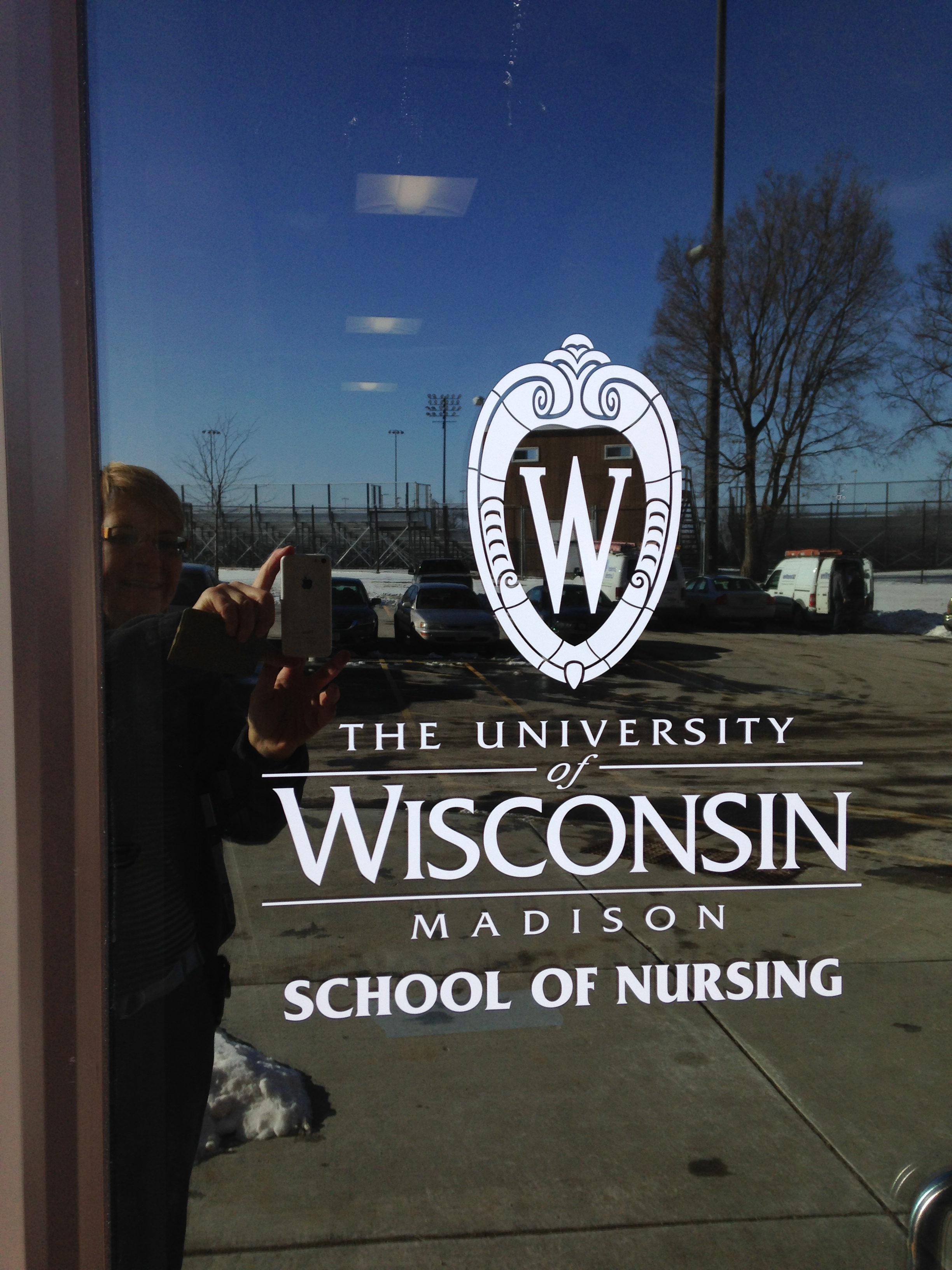 window_lettering_UW.jpg