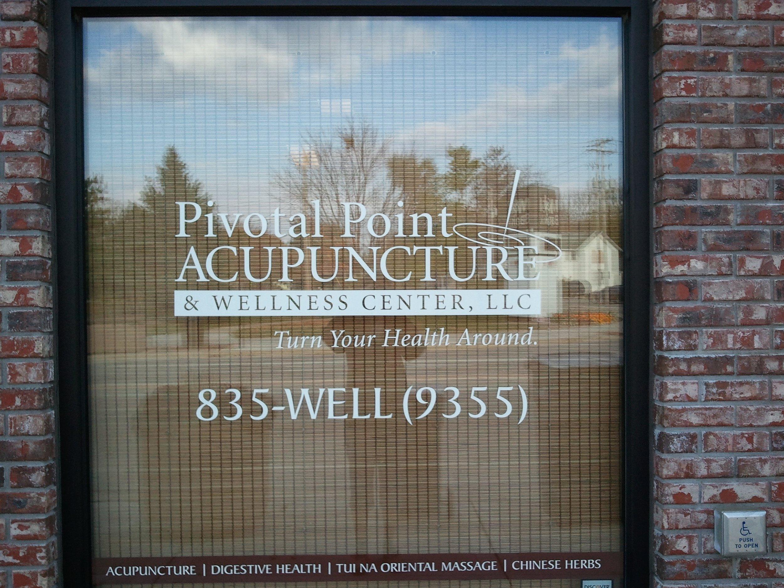 window_lettering_piv_point.jpg