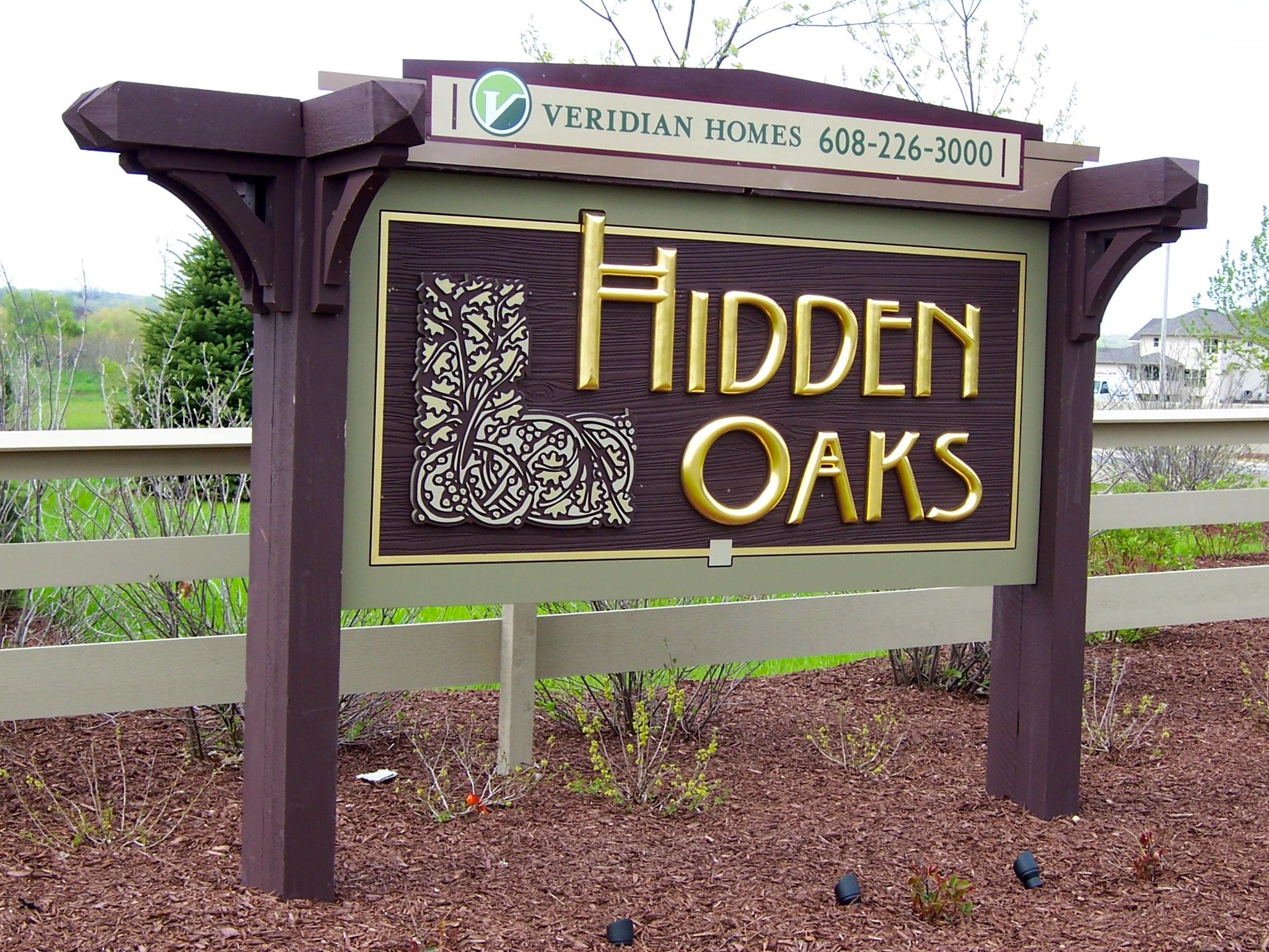 Neighborhood_hidden_oaks.JPG