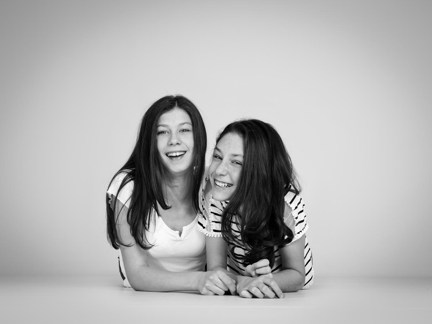 child photography of two teenage girls