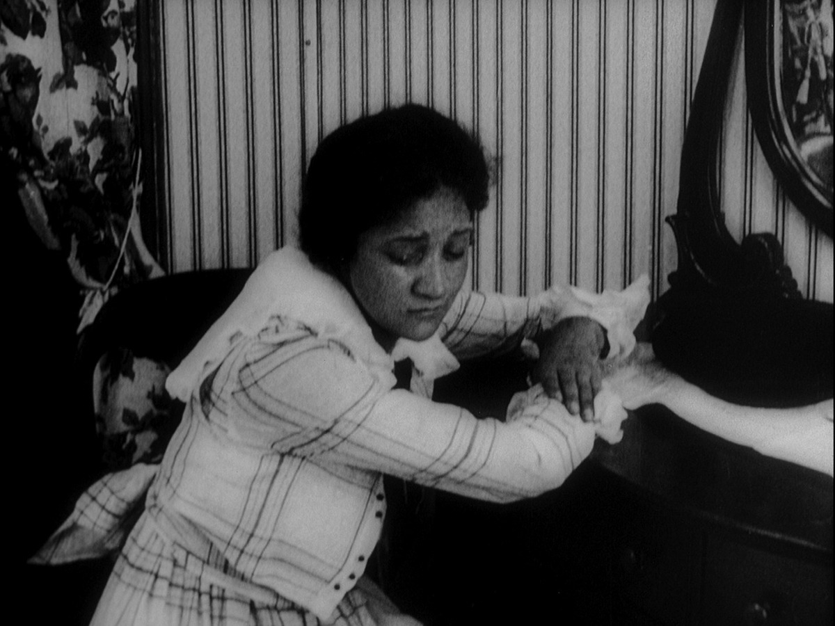 Evelyn Preer in  Within Our Gates  (1920)