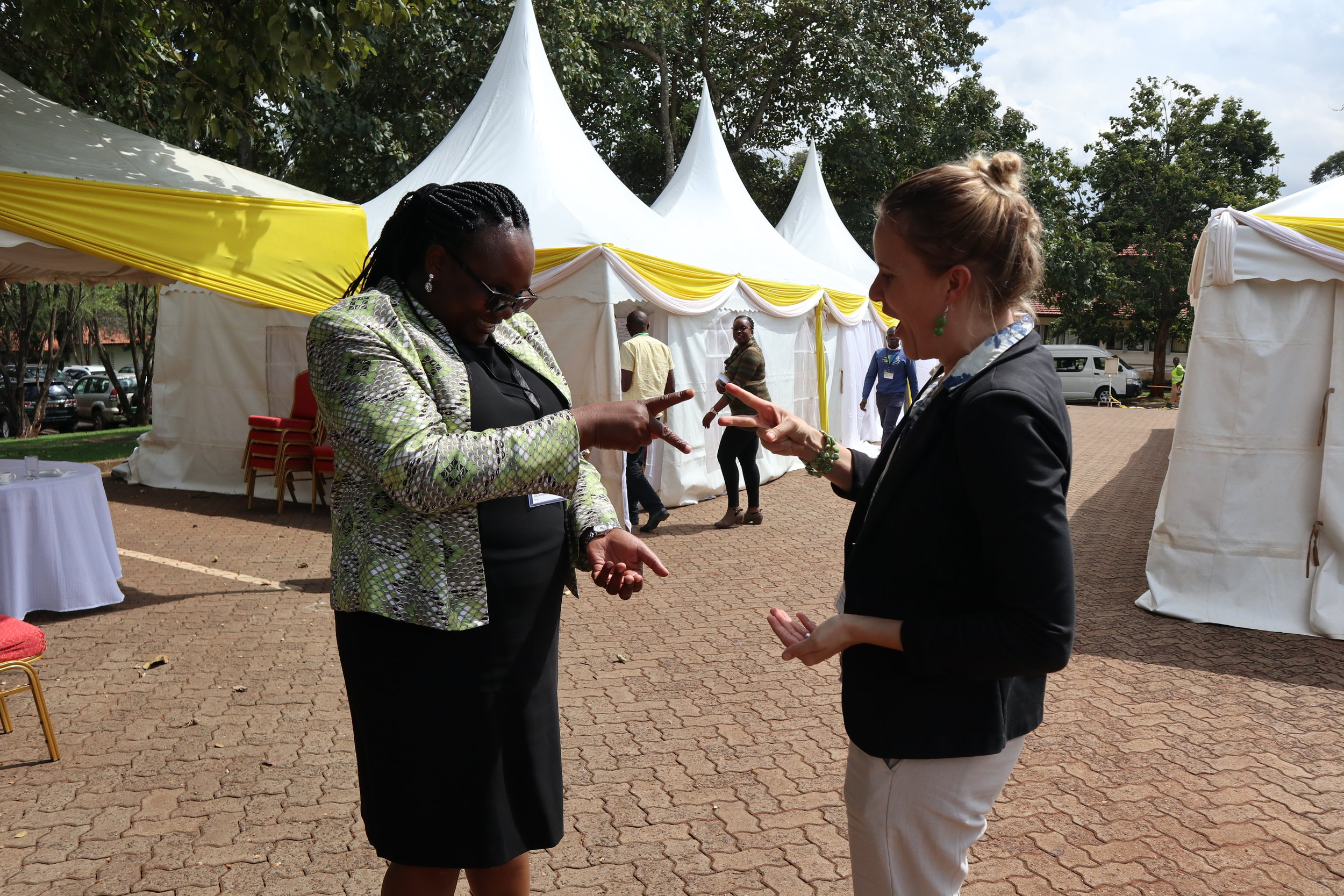 Caroline Ouko (CETRAD) and Anna Kramer (TMG Research) participating in an energinzer