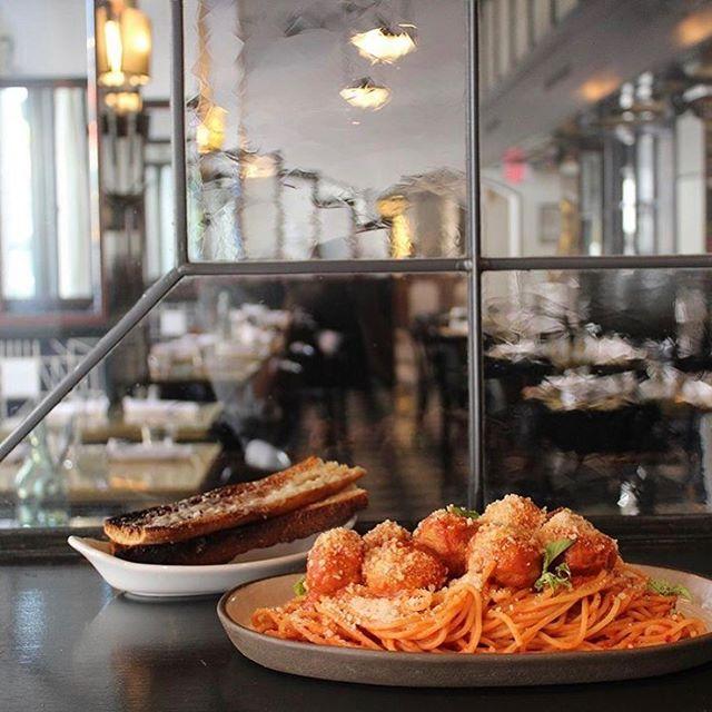 Pasta is such a great way to get through a Monday! 🤤🍝 @bestgirldtla  #trufl #truflapp #trufldtla