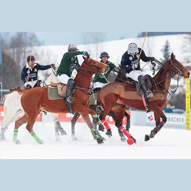There is one thing we can promise you, Snow Polo in @kitzbuehel_tirol will never be boring, not even in 2019! #kitzpolo #snowpolo #snow #polo #kitzbühel #kitzbuehel #poloplayer #polopony #poloponies #pololifestyle