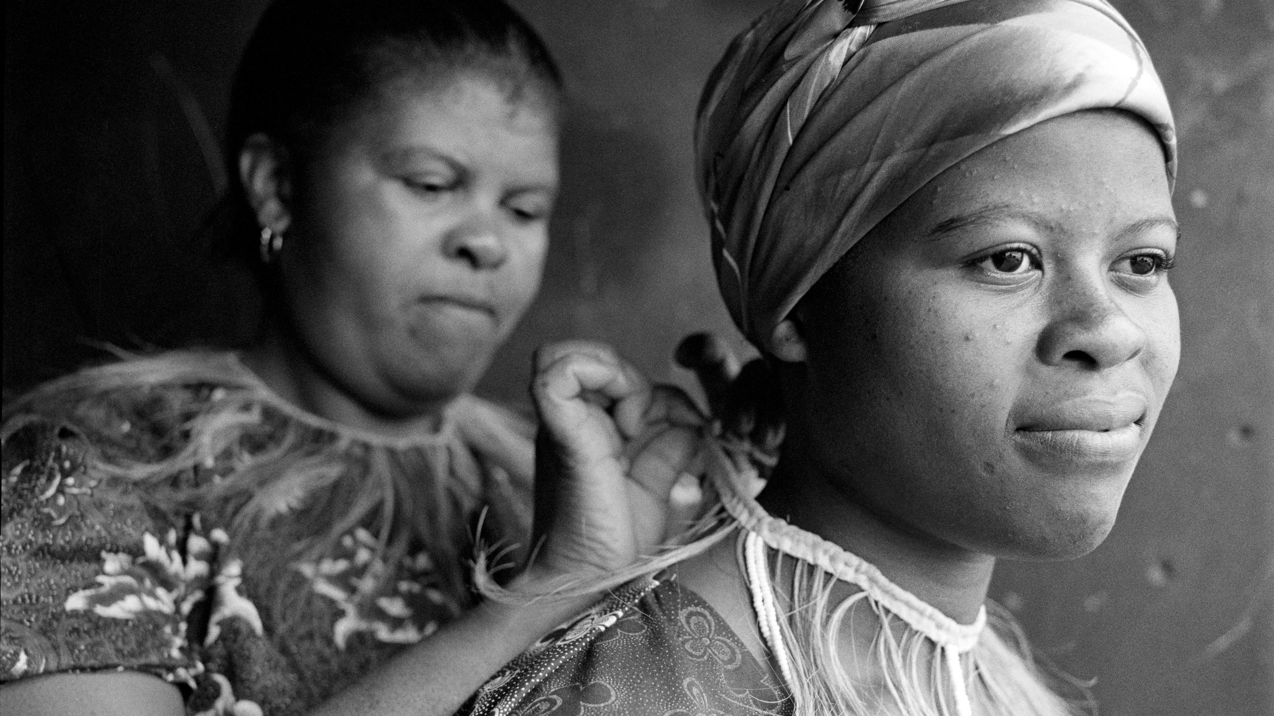 A MOTHER AND DAUGHTER FEATURED IN ANNE REARICK'S PHOTOGRAPHY BOOK  TOWNSHIP . CREDIT: ANNE REARICK
