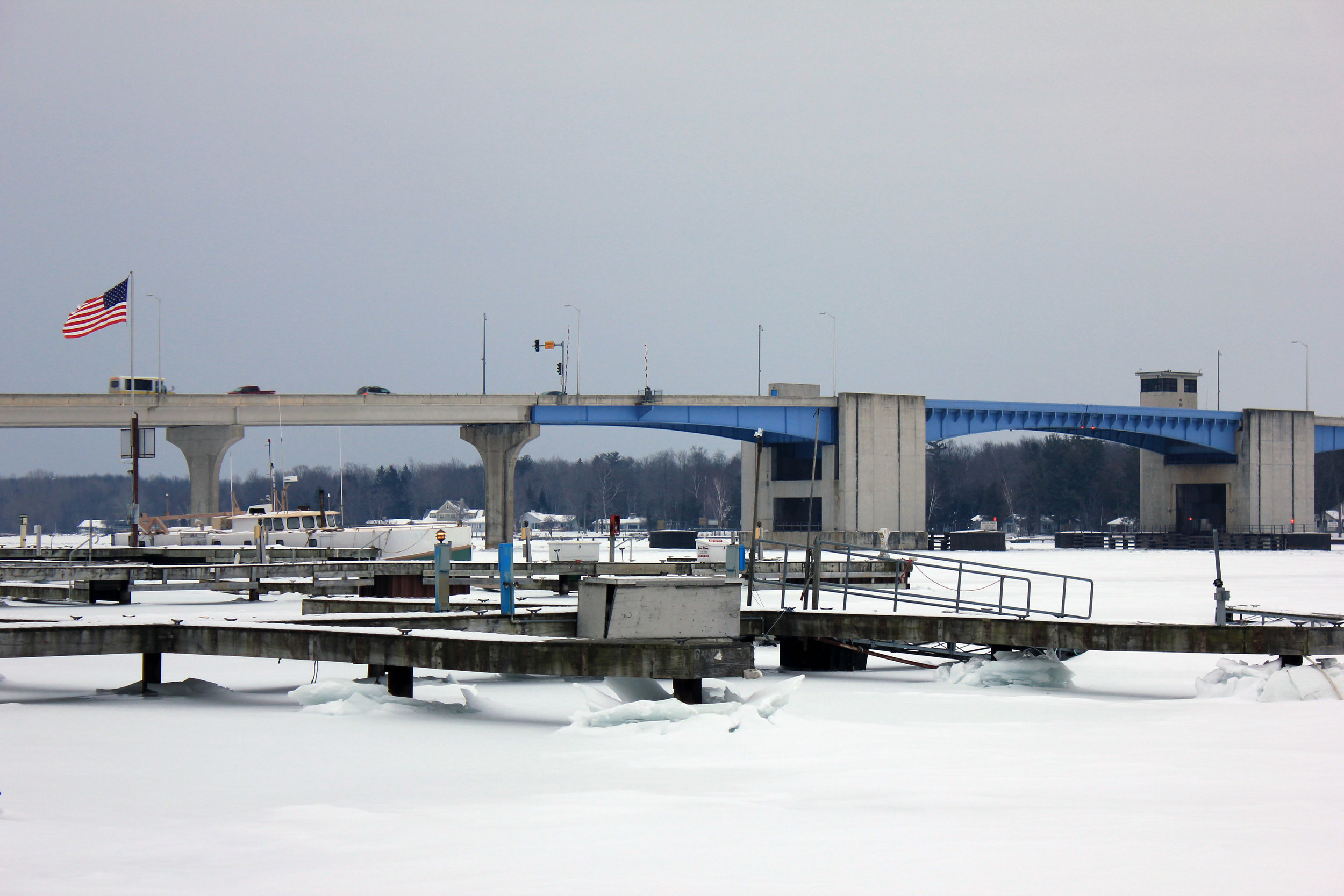 wisconsin-sturgeon-bay-docks-and-bridge.jpg