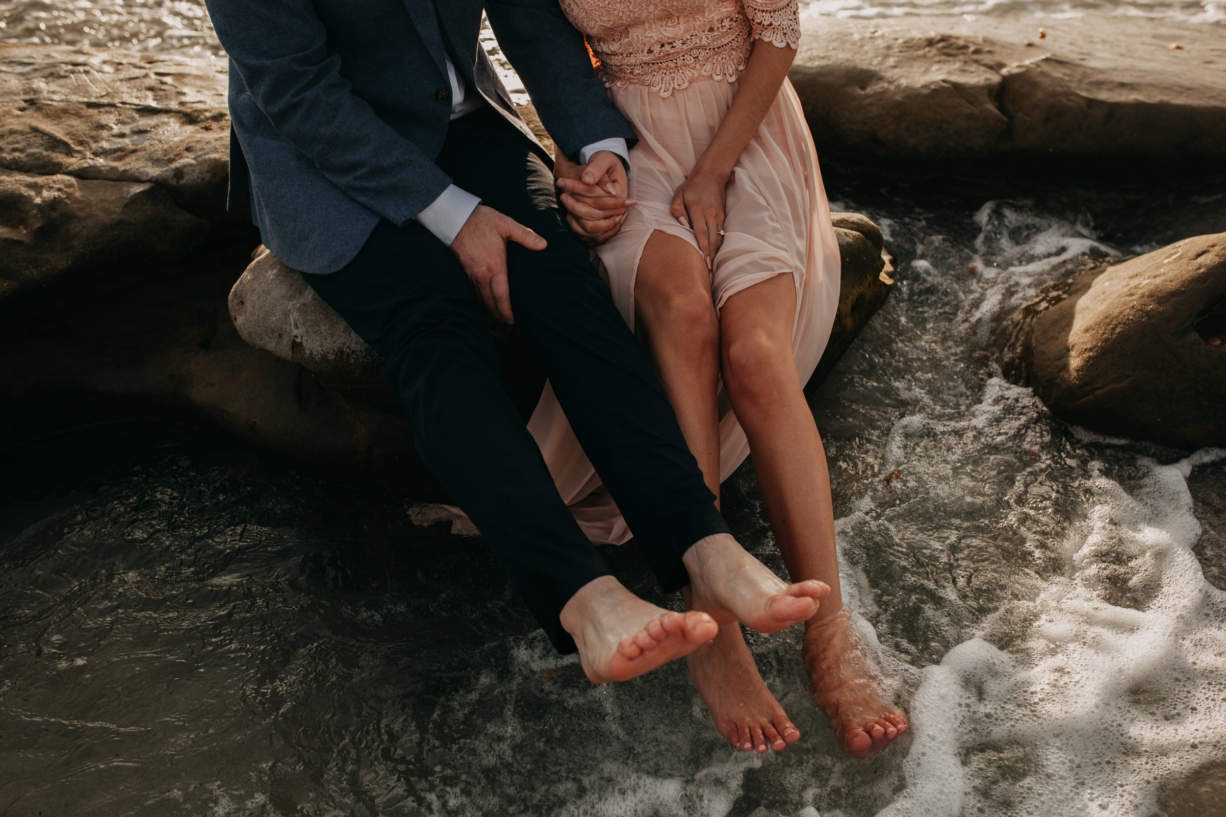 pink feather photography- La jolla beach- engagement  (72 of 146).jpg