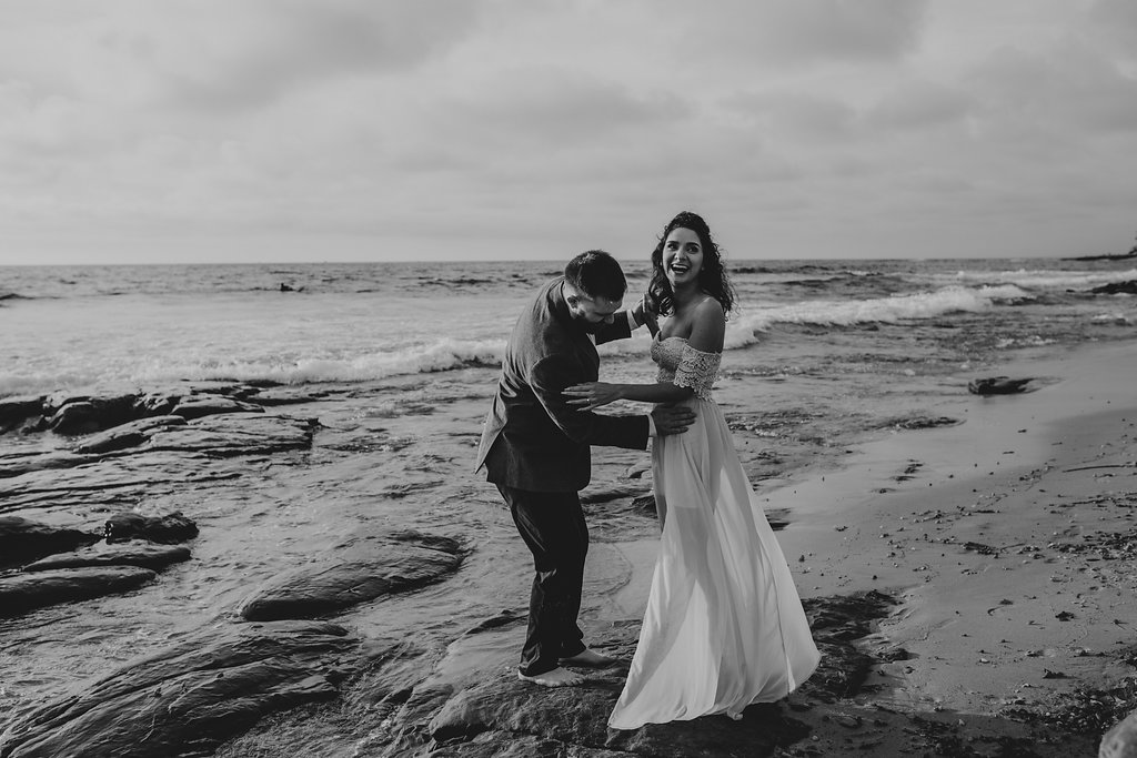 pinkfeatherphotography-Lajollabeach-engagement(105of146).jpg