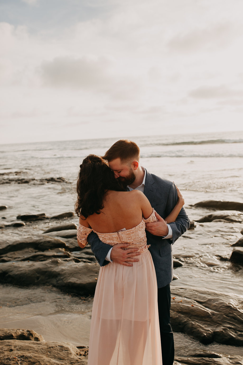 pinkfeatherphotography-Lajollabeach-engagement(106of146).jpg