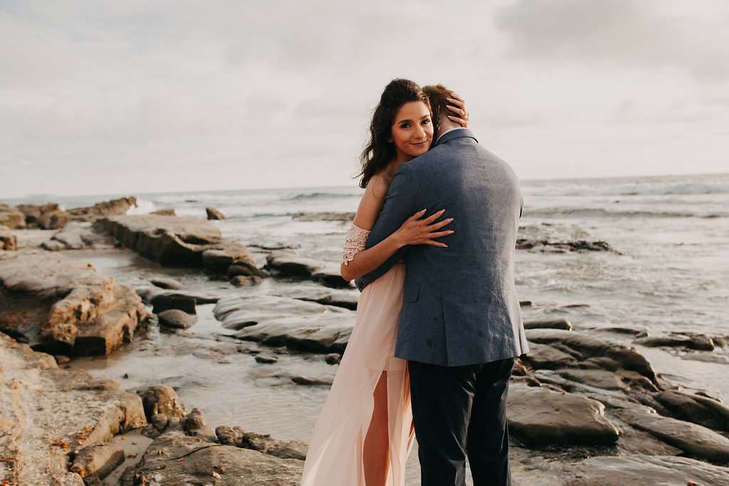 pinkfeatherphotography-Lajollabeach-engagement(112of146).jpg