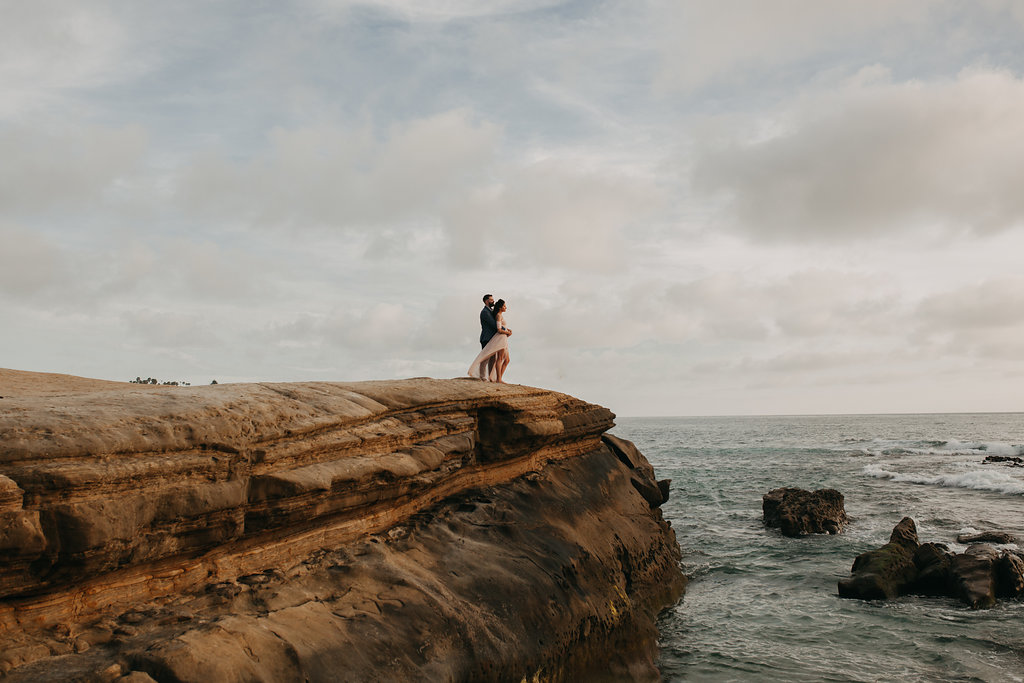 pinkfeatherphotography-Lajollabeach-engagement(113of146).jpg