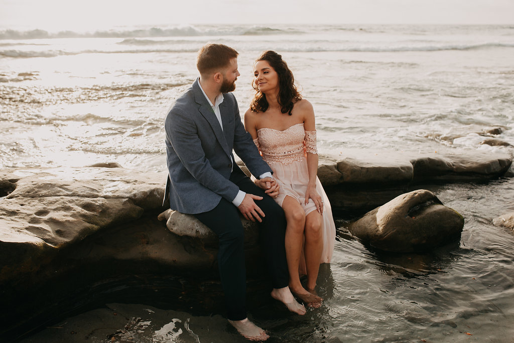 pinkfeatherphotography-Lajollabeach-engagement(75of146).jpg