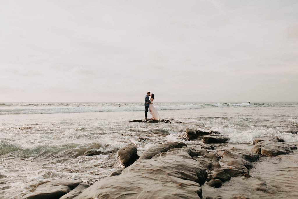pinkfeatherphotography-Lajollabeach-engagement(85of146).jpg
