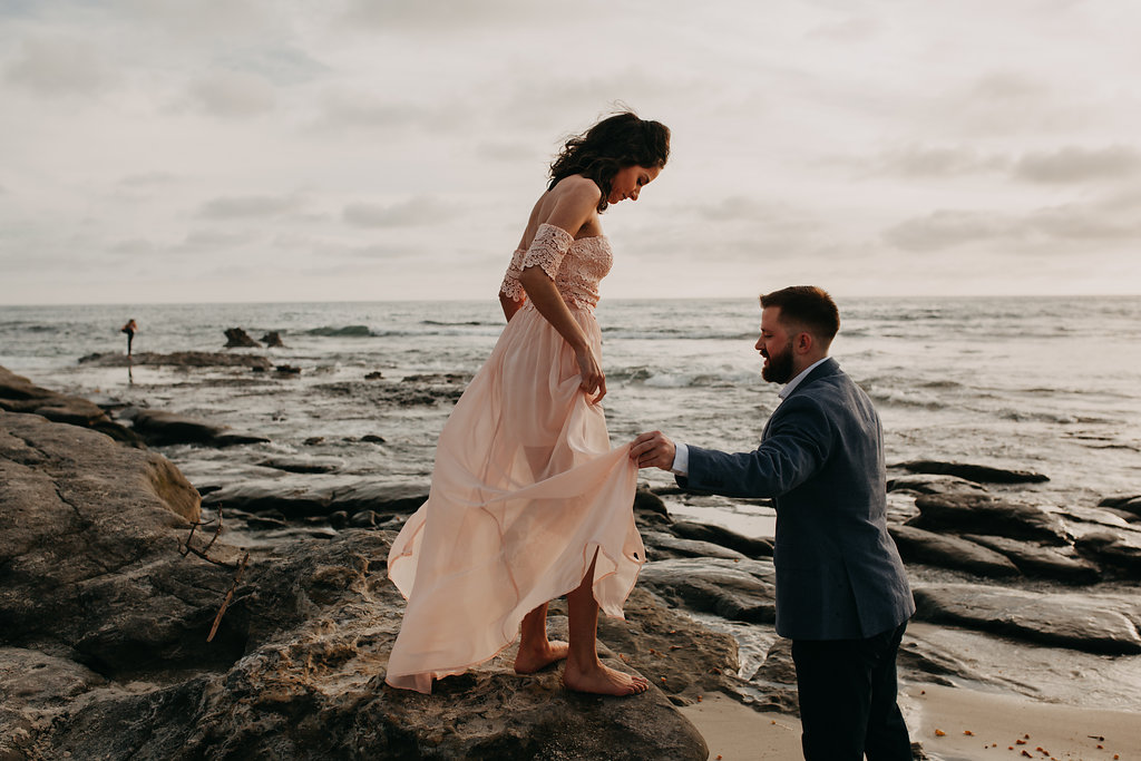 pinkfeatherphotography-Lajollabeach-engagement(89of146).jpg