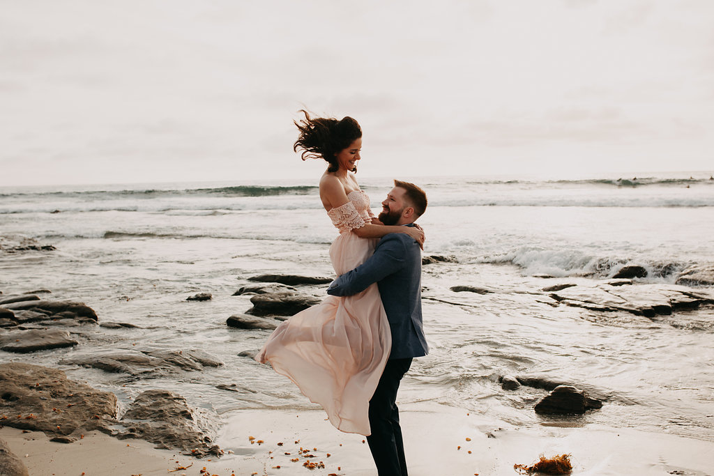 pinkfeatherphotography-Lajollabeach-engagement(92of146).jpg