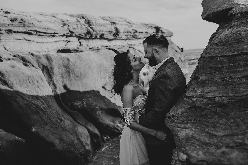 pinkfeatherphotography-Lajollabeach-engagement(44of146).jpg