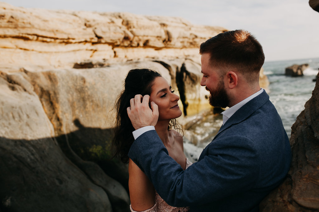 pinkfeatherphotography-Lajollabeach-engagement(45of146).jpg