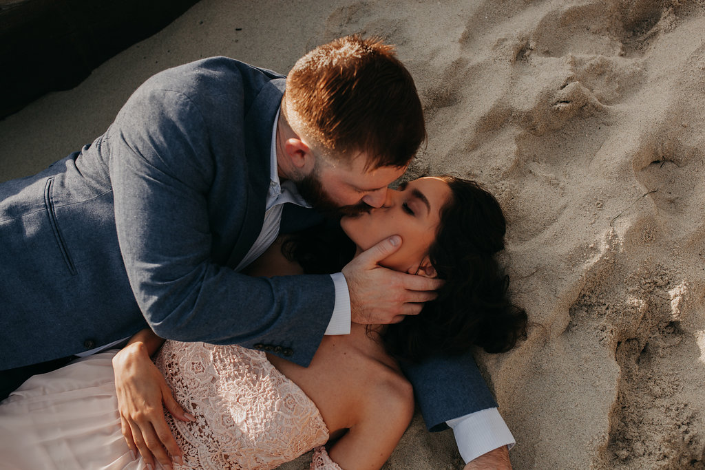pinkfeatherphotography-Lajollabeach-engagement(60of146).jpg