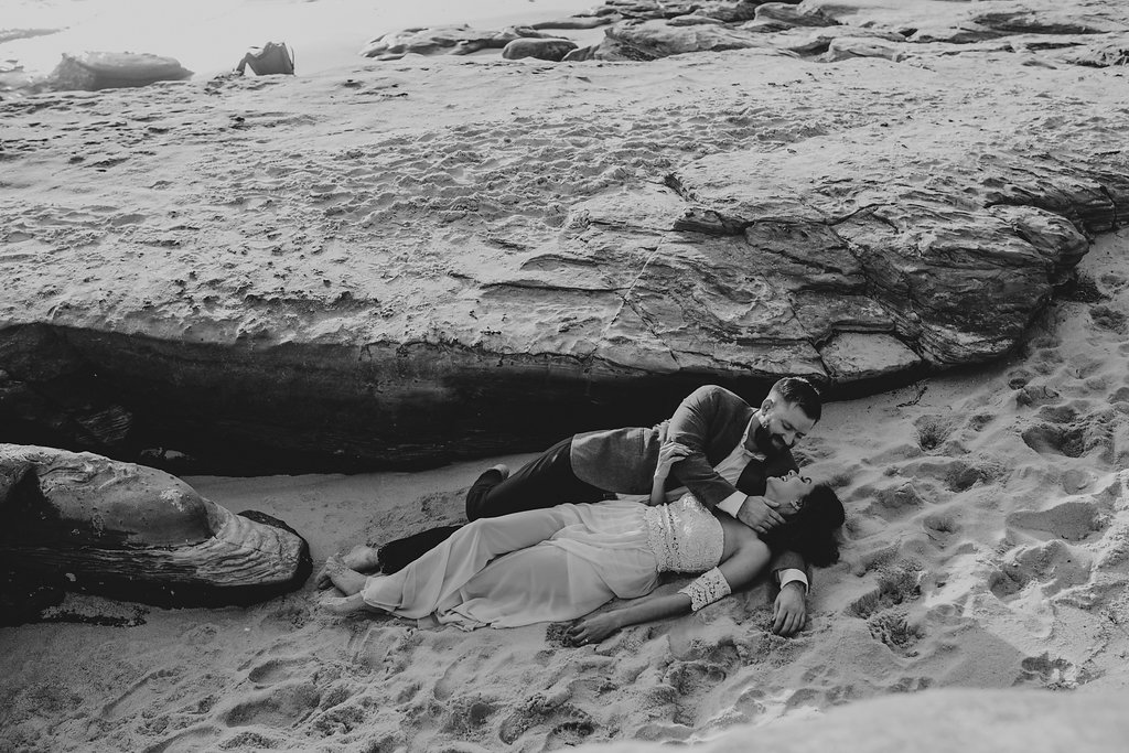 pinkfeatherphotography-Lajollabeach-engagement(66of146).jpg