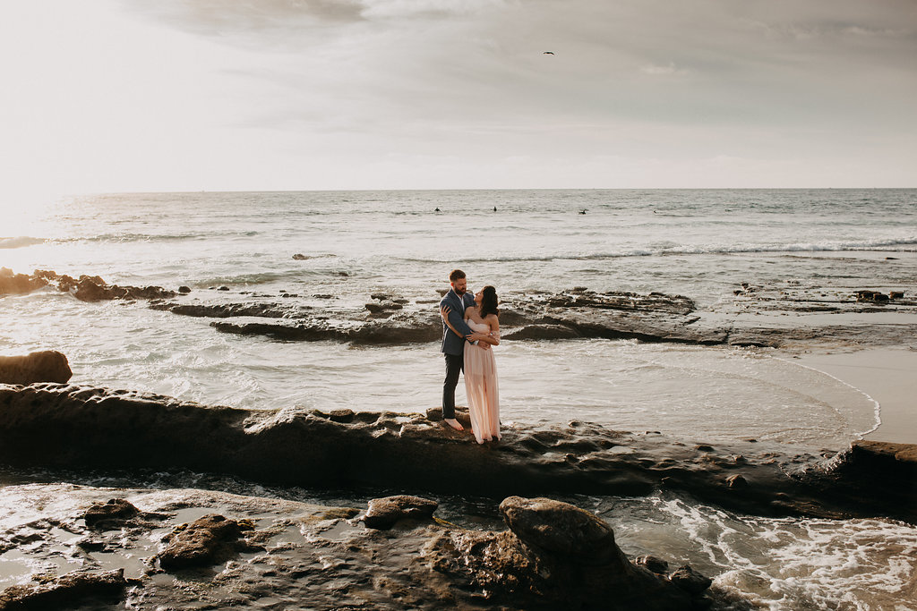 pinkfeatherphotography-Lajollabeach-engagement(16of146).jpg